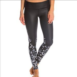 ALO Gypsy Goddess Airbrush Butterfly Legging M